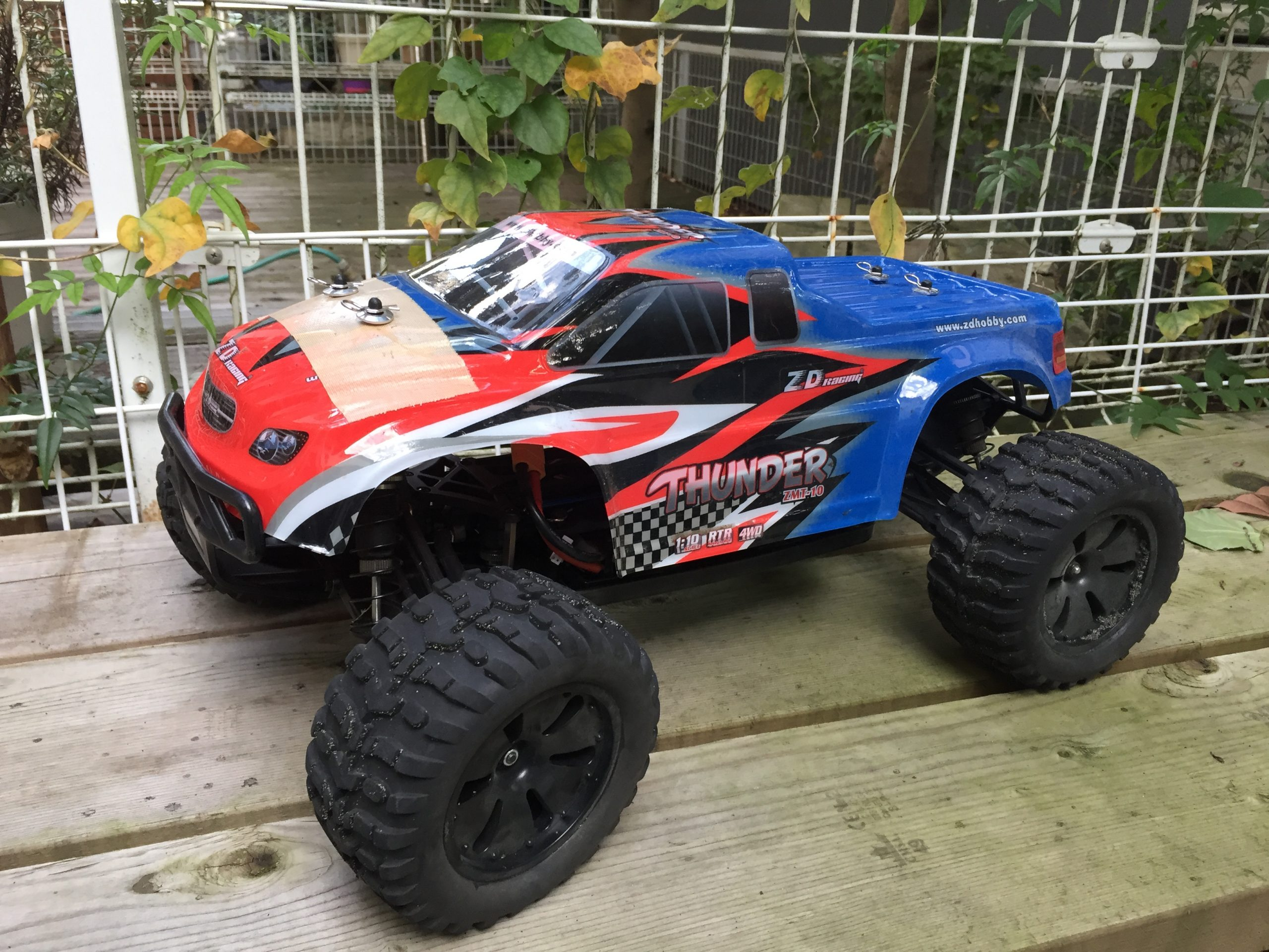 ZD Racing Thunder (ZMT-10 / 10427 – S / 9106)